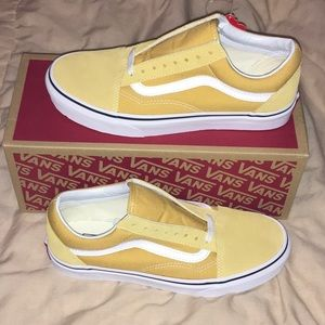 **BRAND NEW**RARE** Yellow Old Skool Vans